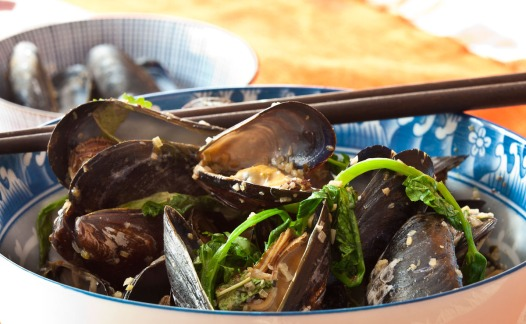 Grilled Mussels with Coconut Curry Broth-13