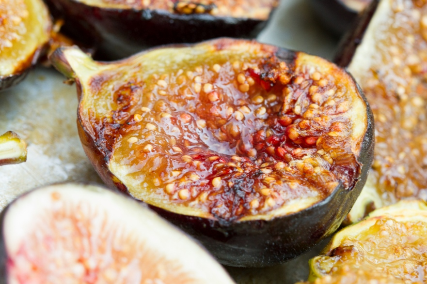 Grilled Figs with Creme Fraiche and Chestnut Honey-10