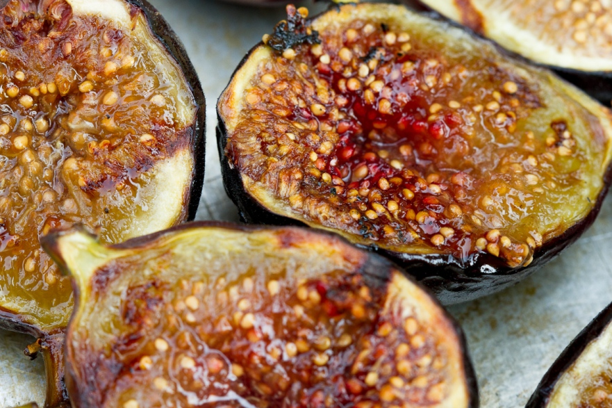 Grilled Figs with Creme Fraiche and Chestnut Honey-12