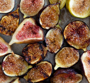 Grilled Figs with Creme Fraiche and Chestnut Honey-15