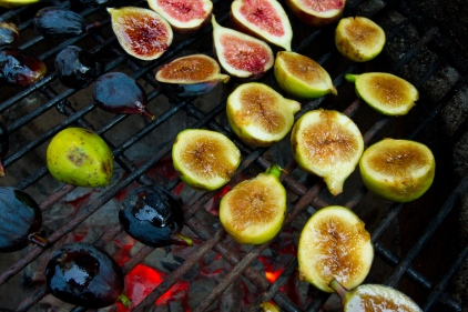 Grilled Figs with Creme Fraiche and Chestnut Honey-6
