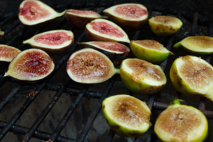Grilled Figs with Creme Fraiche and Chestnut Honey-7