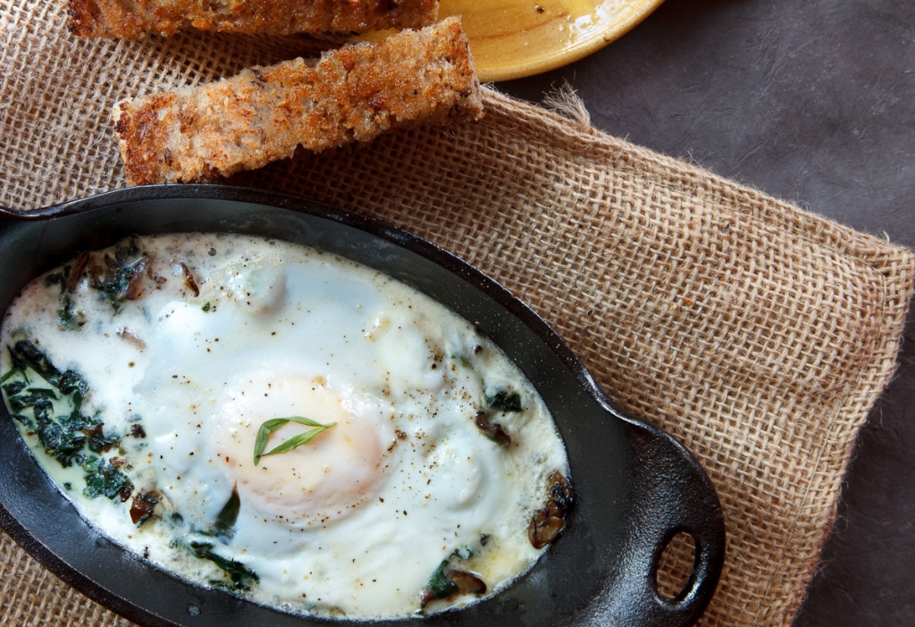 Shirred Eggs with Spinach and Mushrooms TGF -1