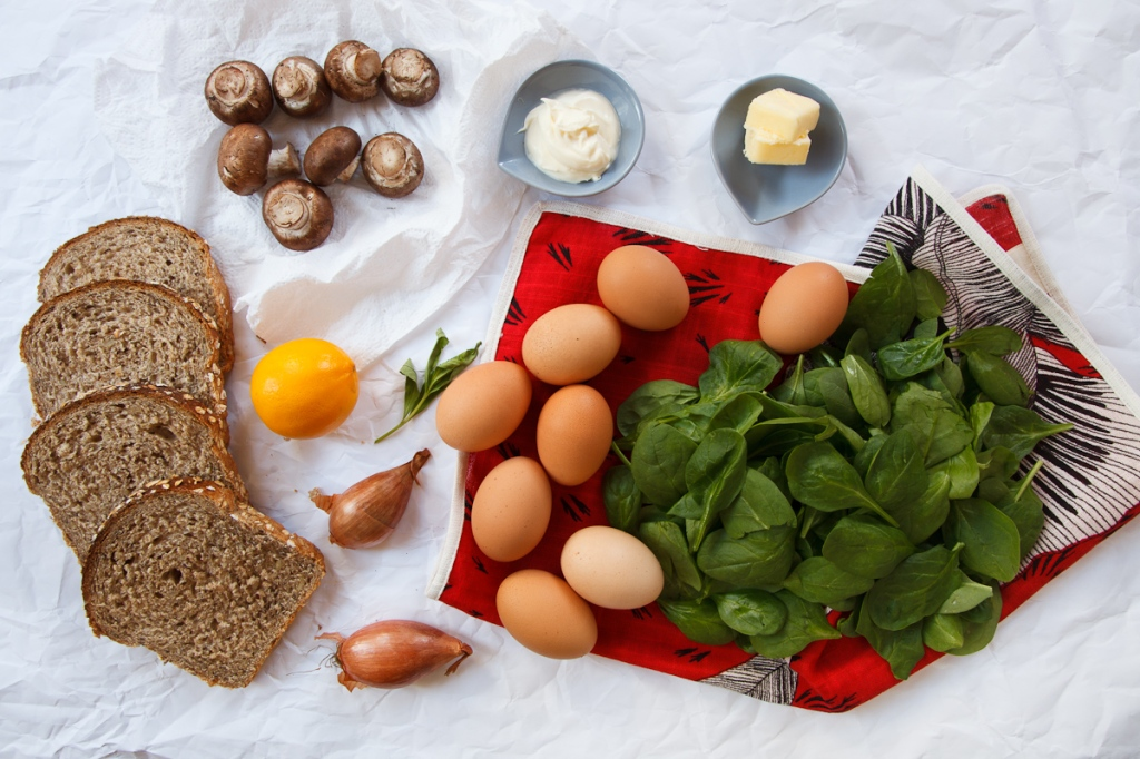 Shirred Eggs with Spinach and Mushrooms TGF -2