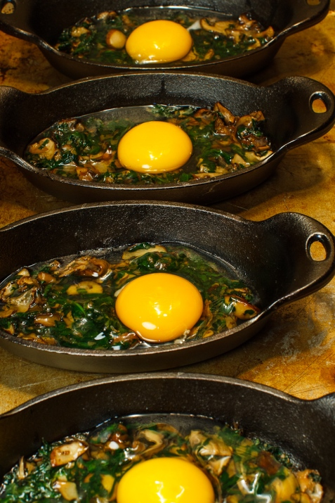 Shirred Eggs with Spinach, Mushrooms and Toast Soldiers ...