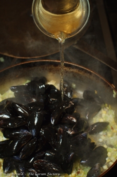Corn and Mussel Chowder-3732-33