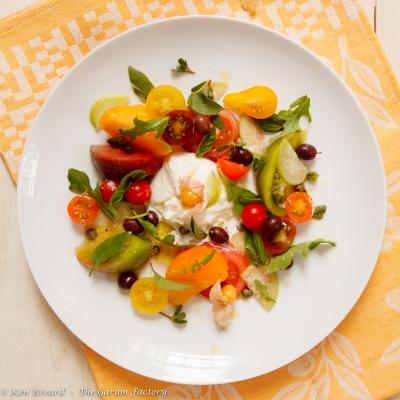 Tomato and Burrata Salad-2