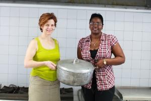 Jody and HUM kitchen staff-2