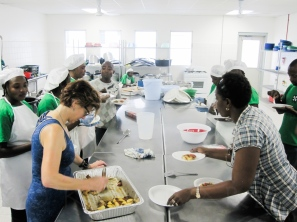 Jody and HUM kitchen staff-4