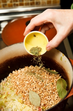 Tomato-Farro Soup-61-14021