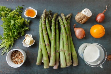 Asparagus with Horseradish Cream-1840-2