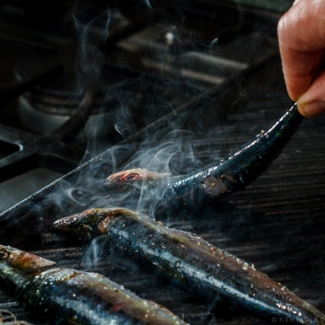 Grilled Sardines with Ramps and Rhubarb Agrodolce-4696