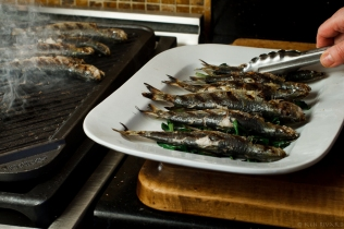 Grilled Sardines with Ramps and Rhubarb Agrodolce-4724