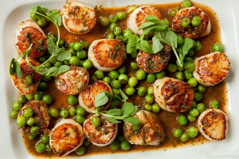 Scallops, peas and chervil-0044
