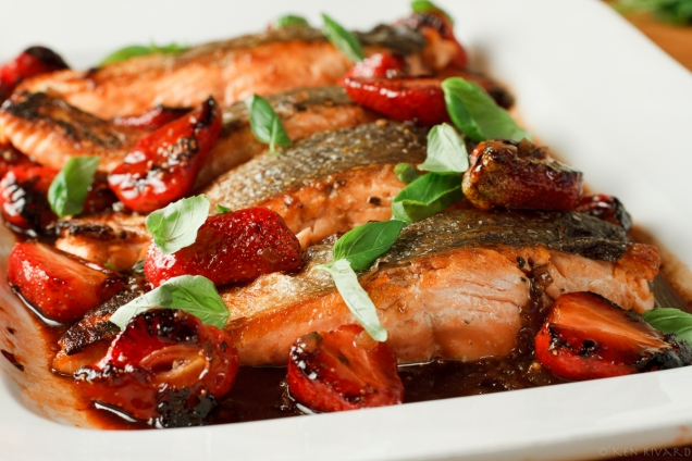 Salmon with Strawberries-6808