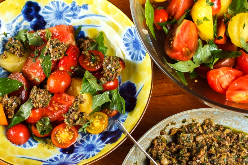 Tomato Salad with Tuna Tapenade-8639
